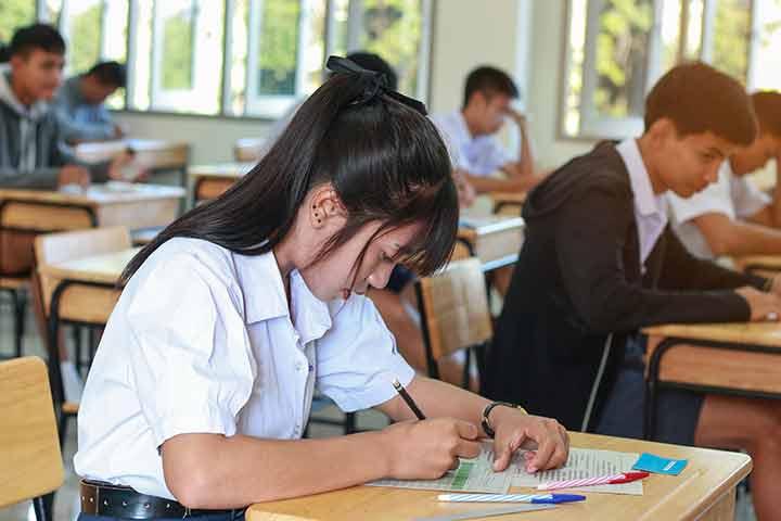 Tip Terbaik Menghadapi Ujian Akhir Sekolah Cmedia