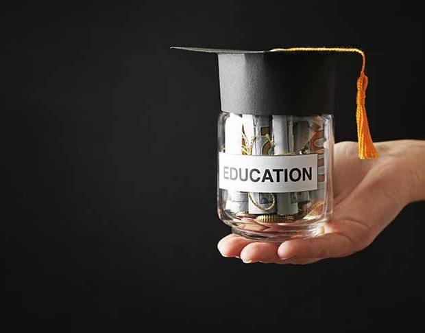 Biaya kuliah dan Uang Kuliah